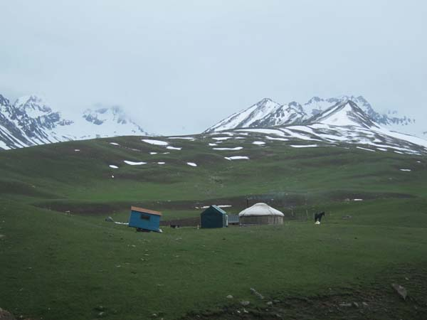 yourte kirghizistan