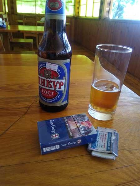 Bière et cigarettes russes