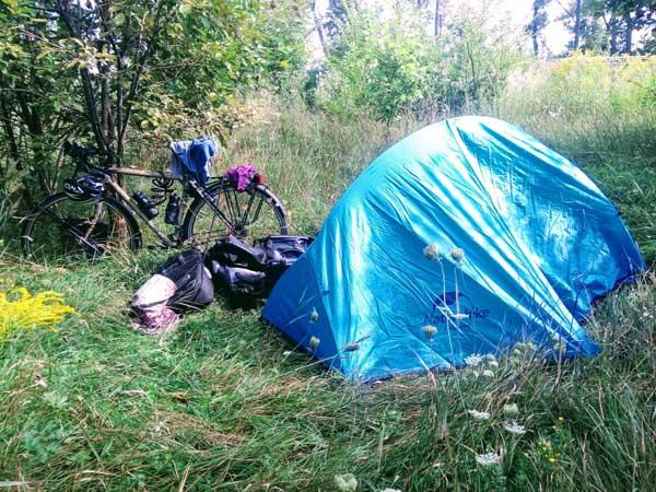bivouac à vélo en ukraine